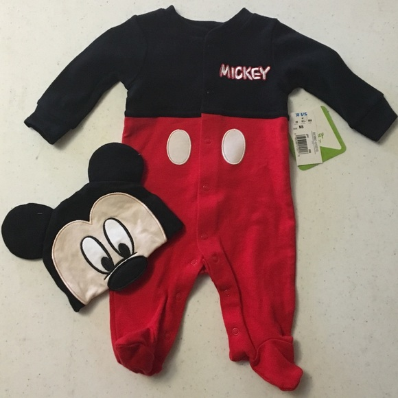 Mickey Mouse newborn onesie and hat f274819f411